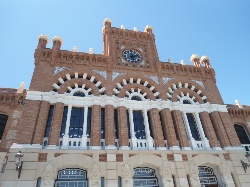 The outside of the Renfe station in Aranjuez, Spain, from a recent day-trip with a new friend.